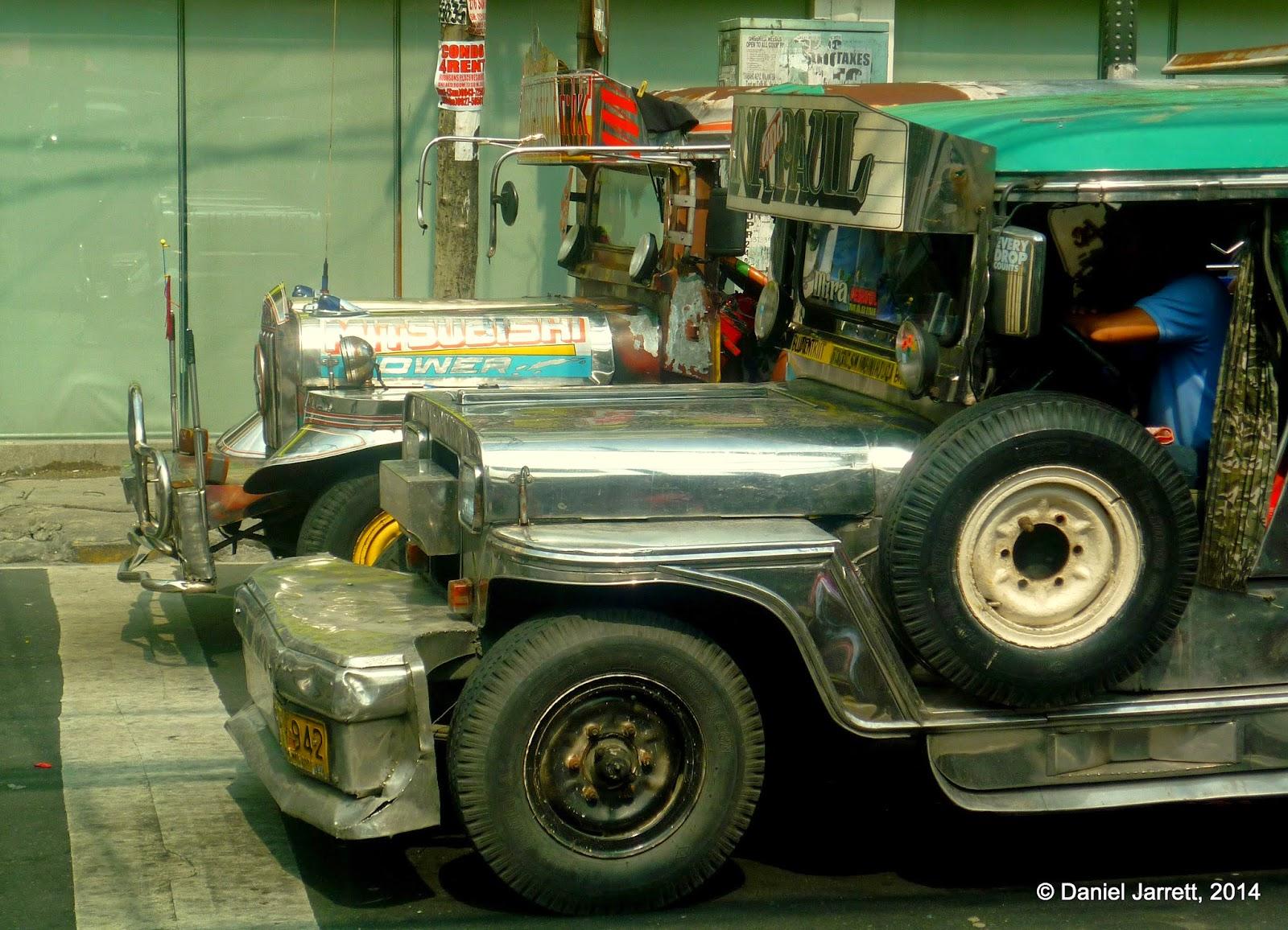 Street life in Manila