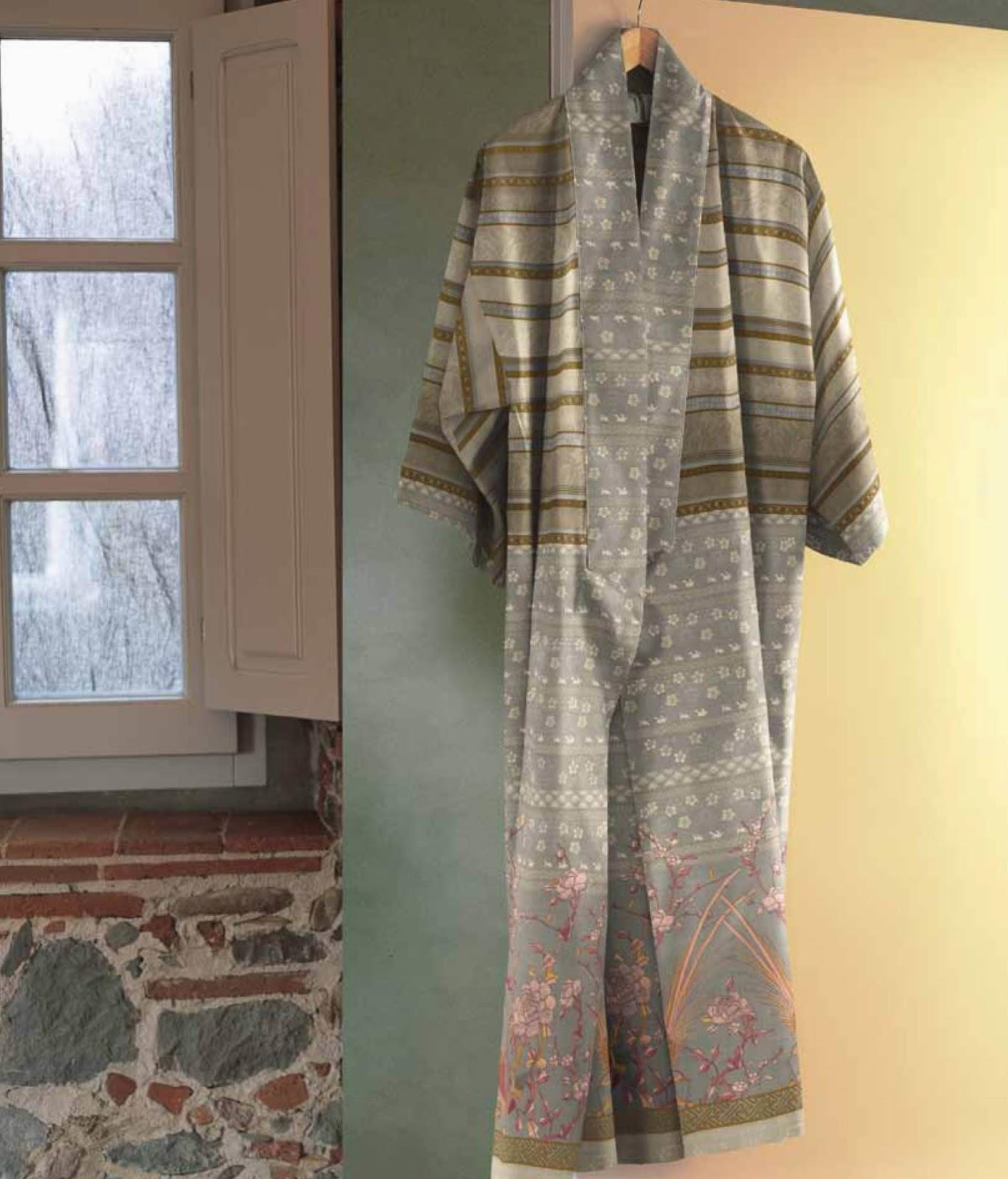 Moise Bassetti Granfoulard. Kimono