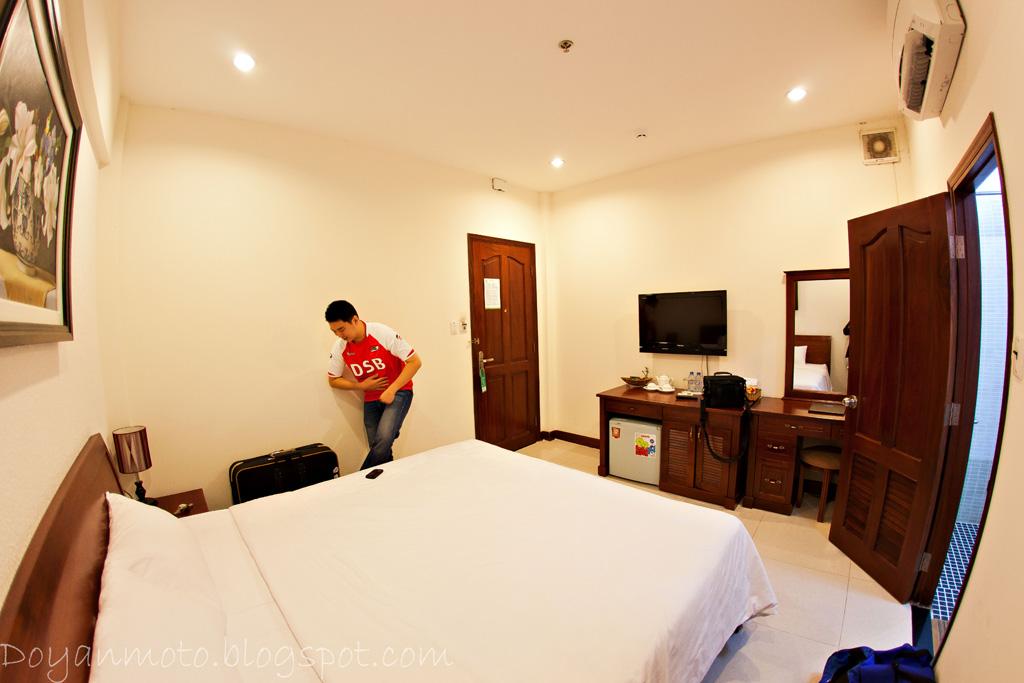 Cnn Hotel Room Workout