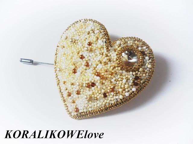 broszka z koralików ręcznie robiona