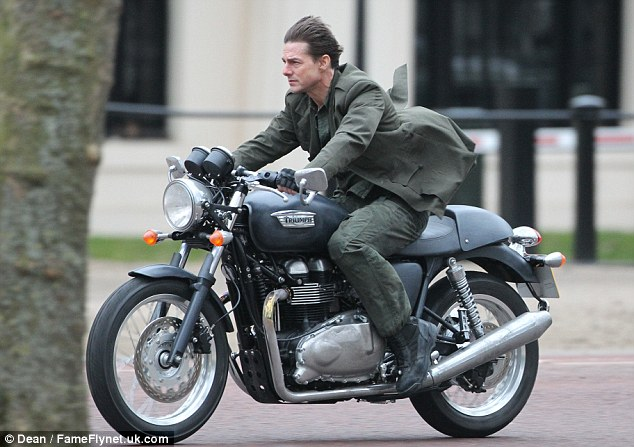 Speedmonkey Which Hollywood Star Looks Coolest On A Triumph