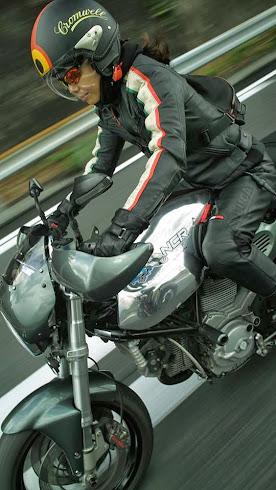 お気に入りのガンメタ  GT1000 です。