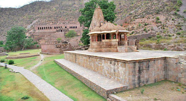 Temple in Bhangarh Fort