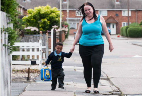 Bayi Besar Wang Kertas Kini Mulai Ke Sekolah