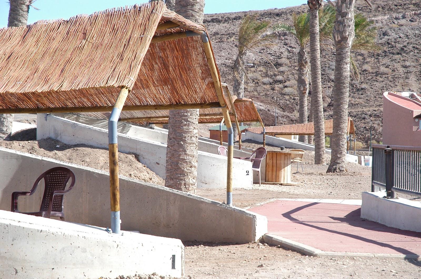 http://campingplayadevargas.blogspot.com.es/2012/02/espacios-para-poner-las-tiendas.html