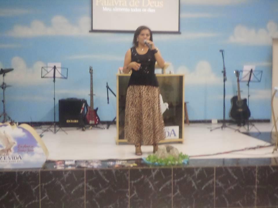 Para ser um canal de Bençãos,permita que o amor de Deus, jorre através de vc!