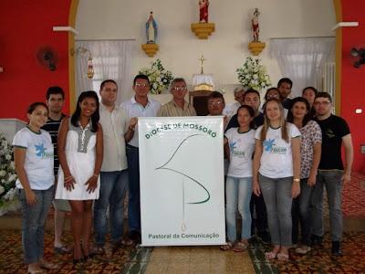 Paróquia de Almino Afonso recebe coordenadores da Pascom Diocsana para divulgação da  II Muticom - RN