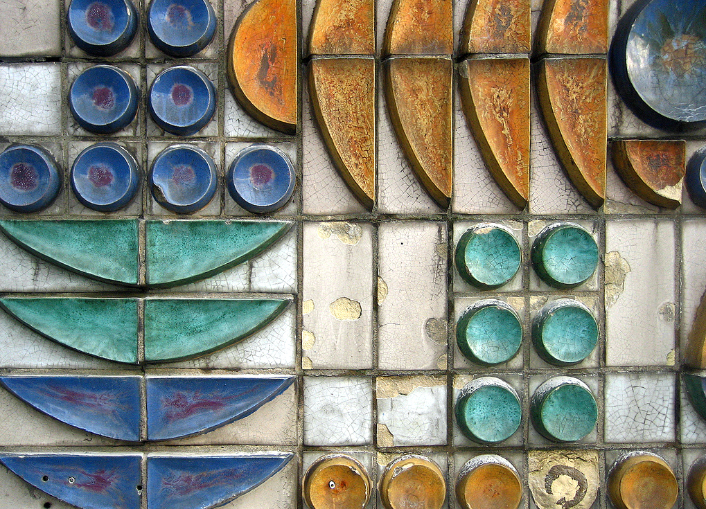 Mid centuria art design and decor from the mid century for Ceramic wall mural