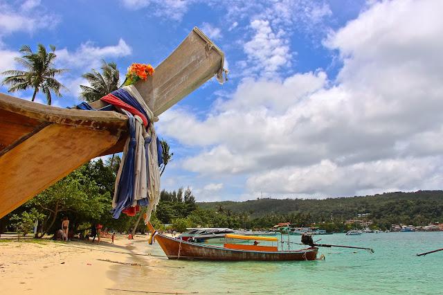 paradise on earth - phi phi islands denizmontreal.blogspot.com