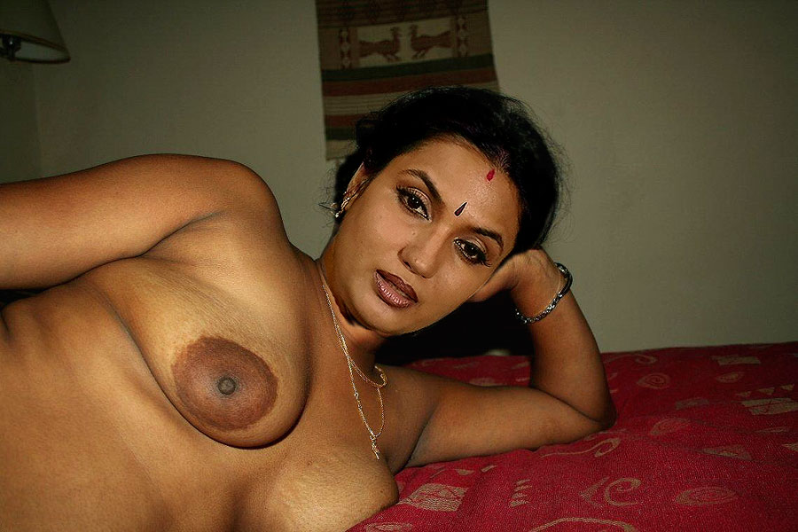 Can Tamil old actor nude have