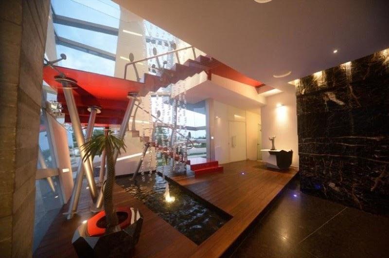 minha casa Casa Moderna e Futurista Com Muita Luz e Cor