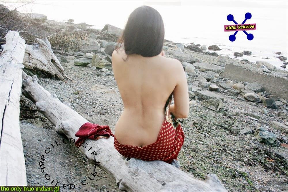 Nude bengali indian women in saree