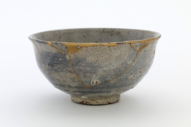 Japanese bowl repaired with gold lacquer