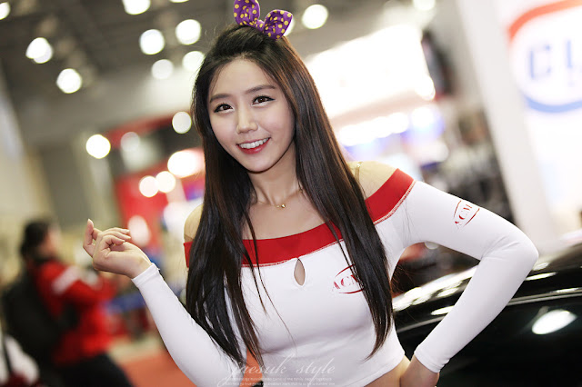 2 Kim Ha Eum - Automotive Week 2012-very cute asian girl-girlcute4u.blogspot.com