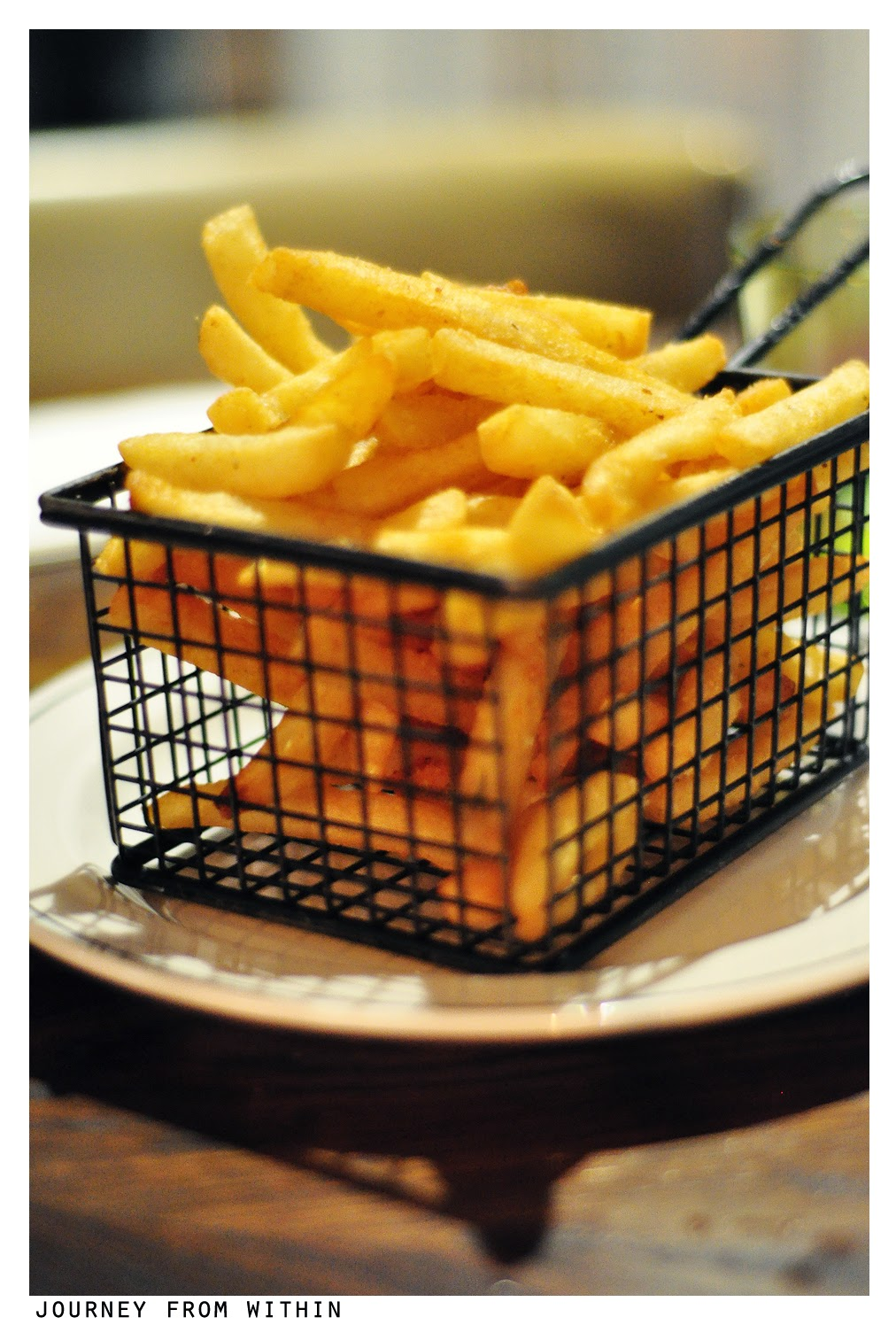 Fries with celery & herb salt