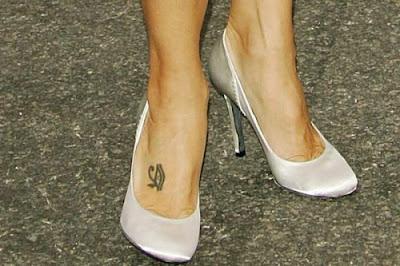 tatoo-nos-pes-da-famosa-Marisa-Tomei