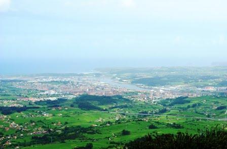 vista de la ría de Avilés desde el Gorfolí