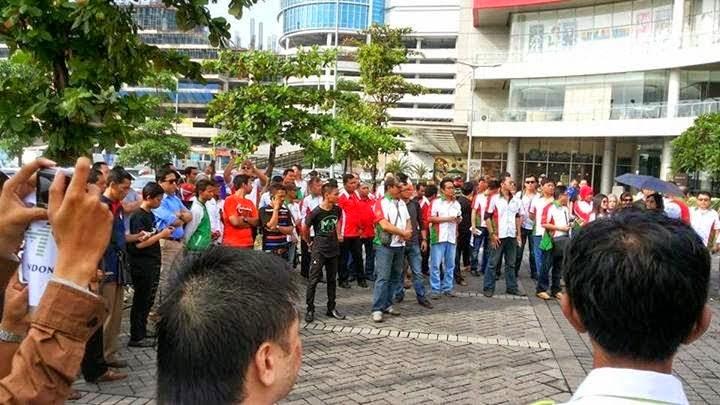 Konvoi MMM Mavrodi Indonesia Di Surabaya