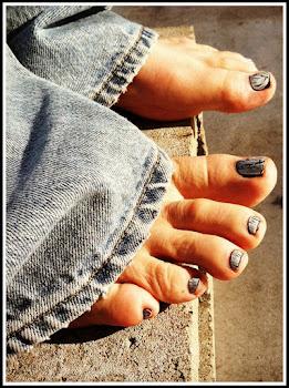 I (heart) My Toes
