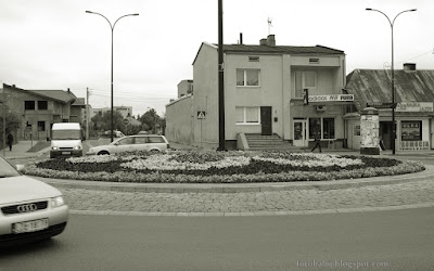 http://fotobabij.blogspot.com/2015/09/bigorajska-fotografia-uliczna-rondo.html