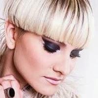 Veronica De Simone canzoni bio Italian singer