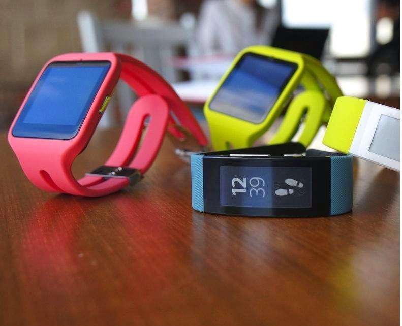 Sony ra mắt bộ đôi SmartWatch 3 và SmartBand Talk tại IFA 2014