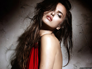 Irina Sheik In Red Wallpapers