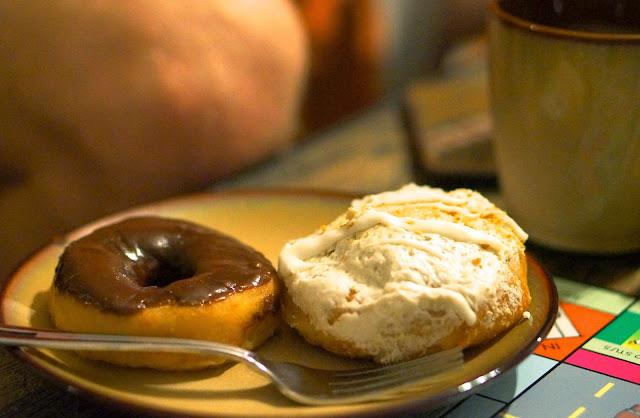Philadelphia, Bielers donut shop, reading terminal market