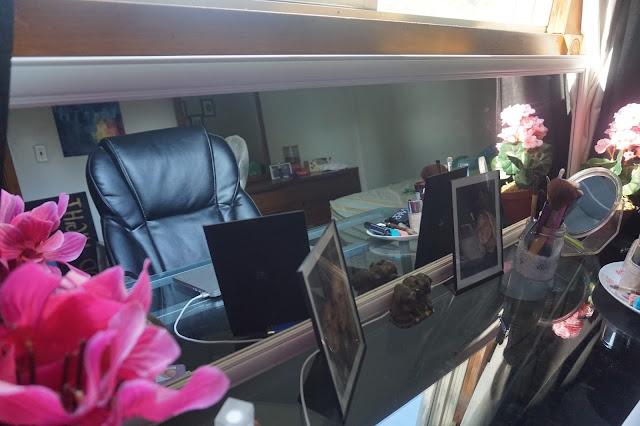 desk spae