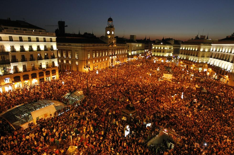 Diario de un drag n medio mill n de personas en madrid for Puerta 15 foro sol