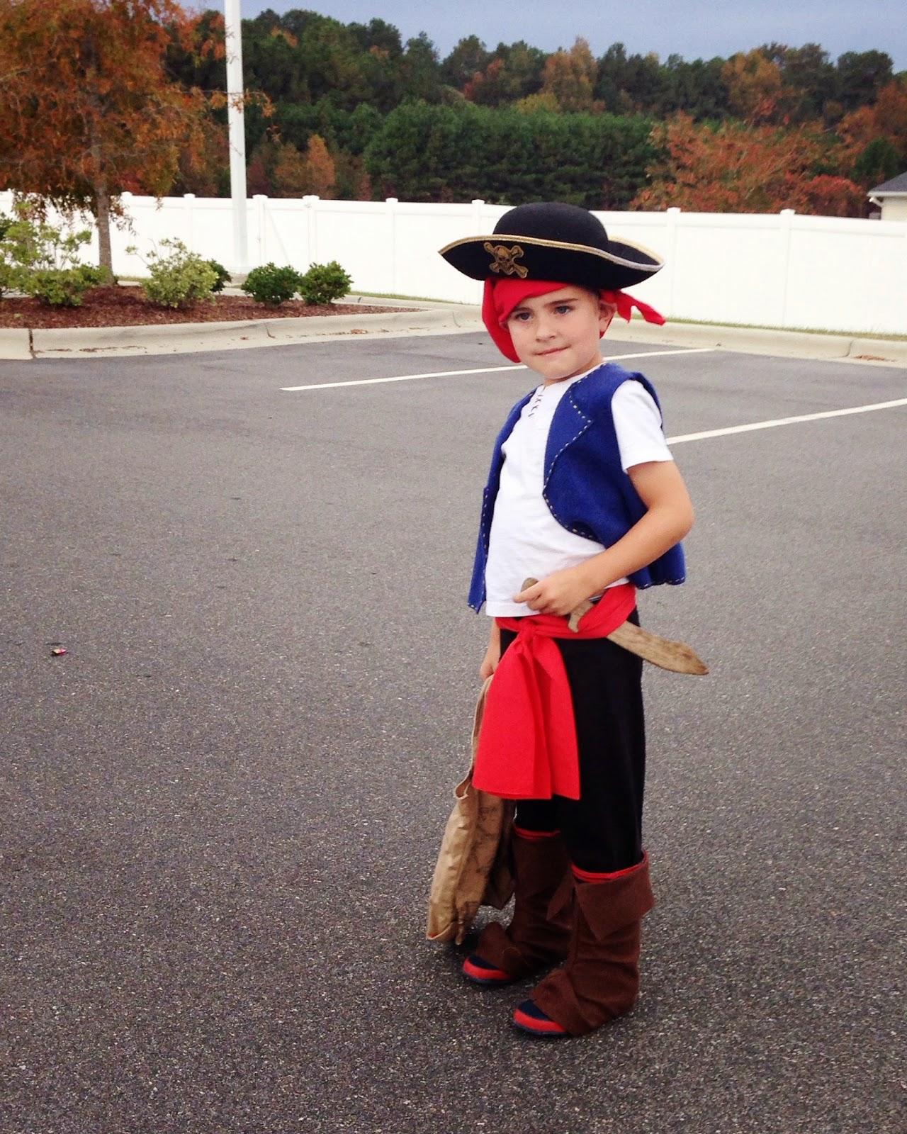 diy-pirate-costume