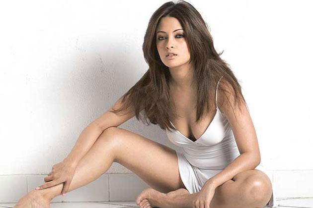 Priya patel sexy indian nri slideshow - 2 part 6