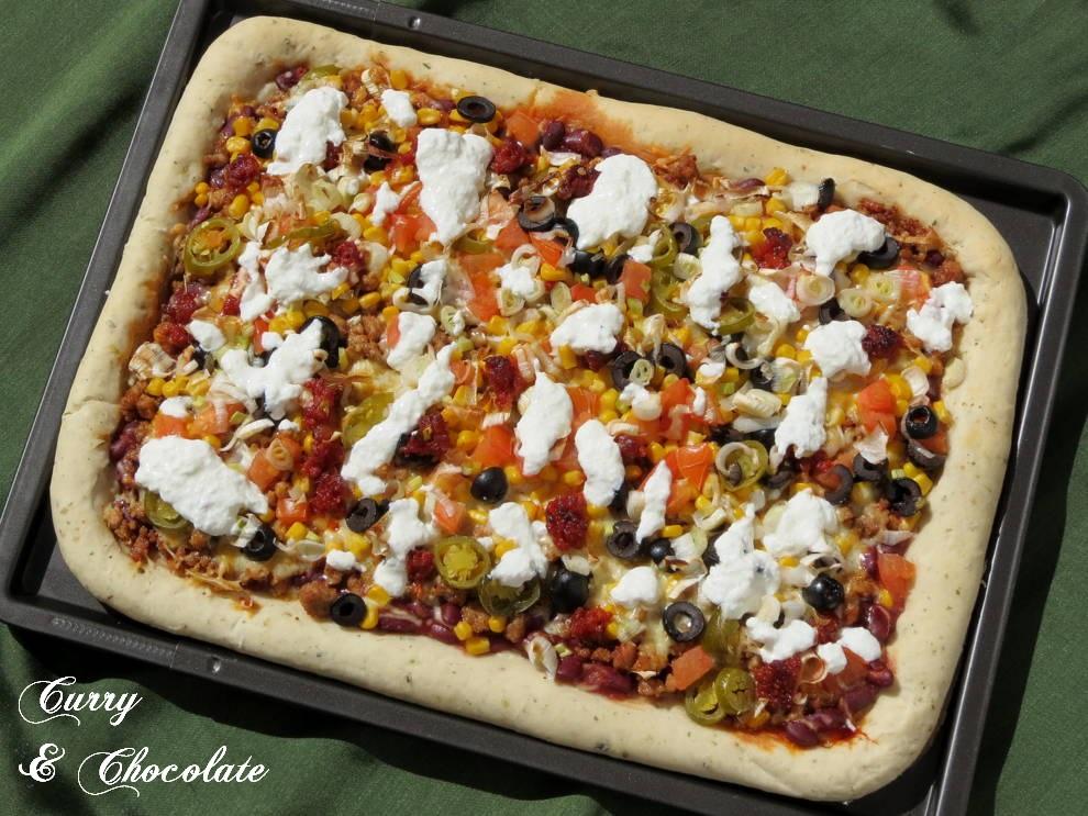 Pizza taco - Taco pizza