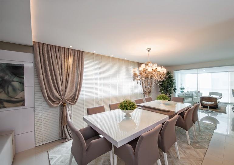 Sala De Jantar Retangular ~ Mesa retangular com 10 cadeiras estofadas Projeto Giovane Silva