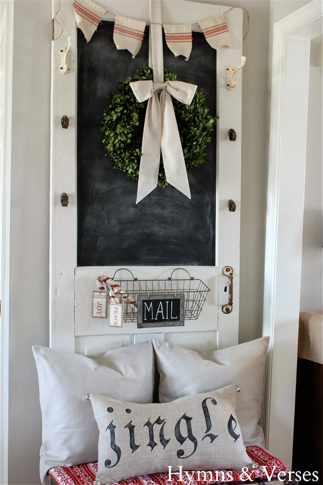 holiday home tours day 5 hymns and verses unskinny boppy. Black Bedroom Furniture Sets. Home Design Ideas