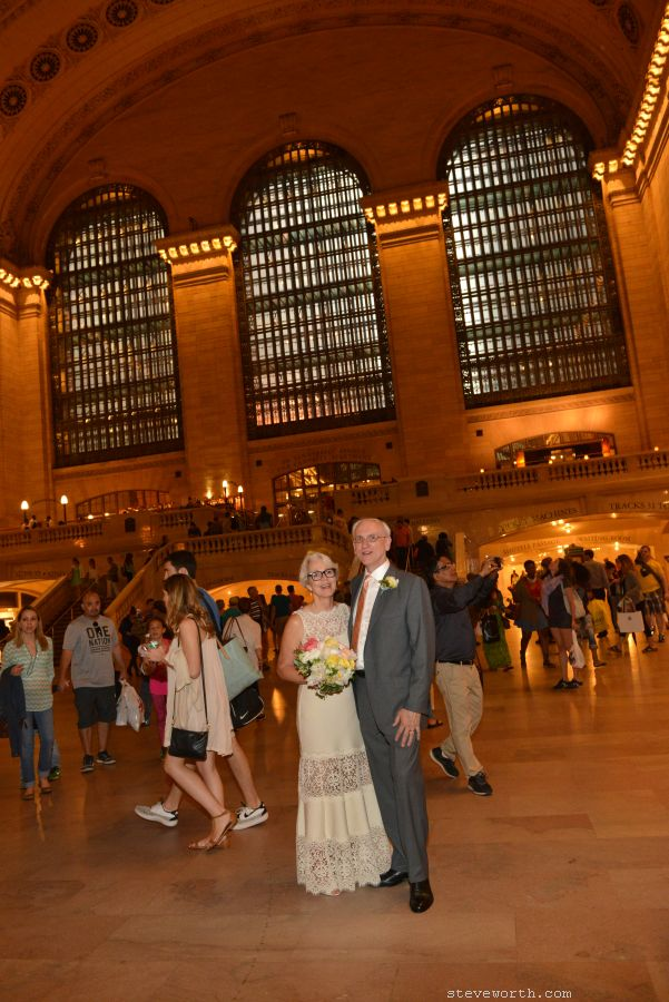 Grand Central - Portrait Bride and Groom