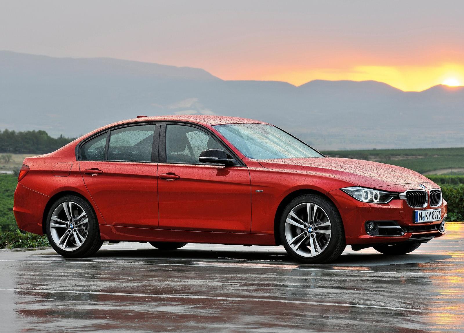 http://1.bp.blogspot.com/-cB7qO-sg21c/UCpzpa2MWsI/AAAAAAAAHFA/qbWIp5S2zf4/s1600/BMW-3-Series_2012_1600x1200_wallpaper_08.jpg