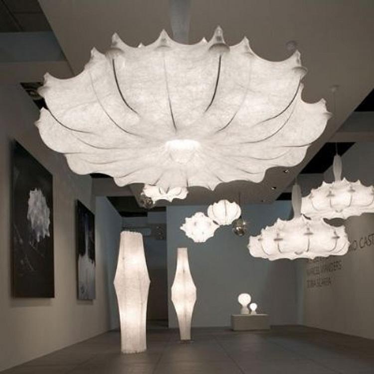 le 704 art design conf rence flos. Black Bedroom Furniture Sets. Home Design Ideas