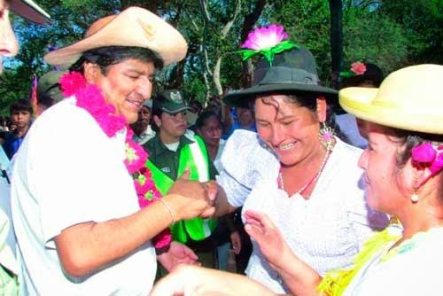 Presidente participa en 34º aniversario de Federación de Campesinos del Gran Chaco