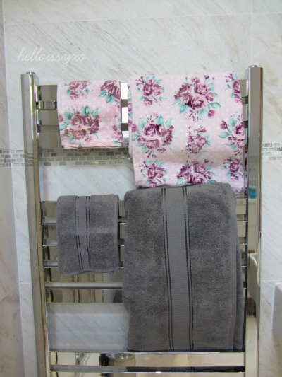 Grey cotton towel Primark