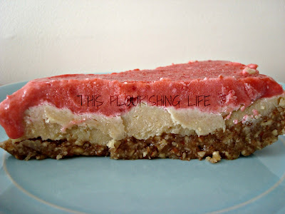 "Refined-Sugar Free, Allergen-Friendly Raw Strawberry Lemon ""Cheese"" Cake Recipe"