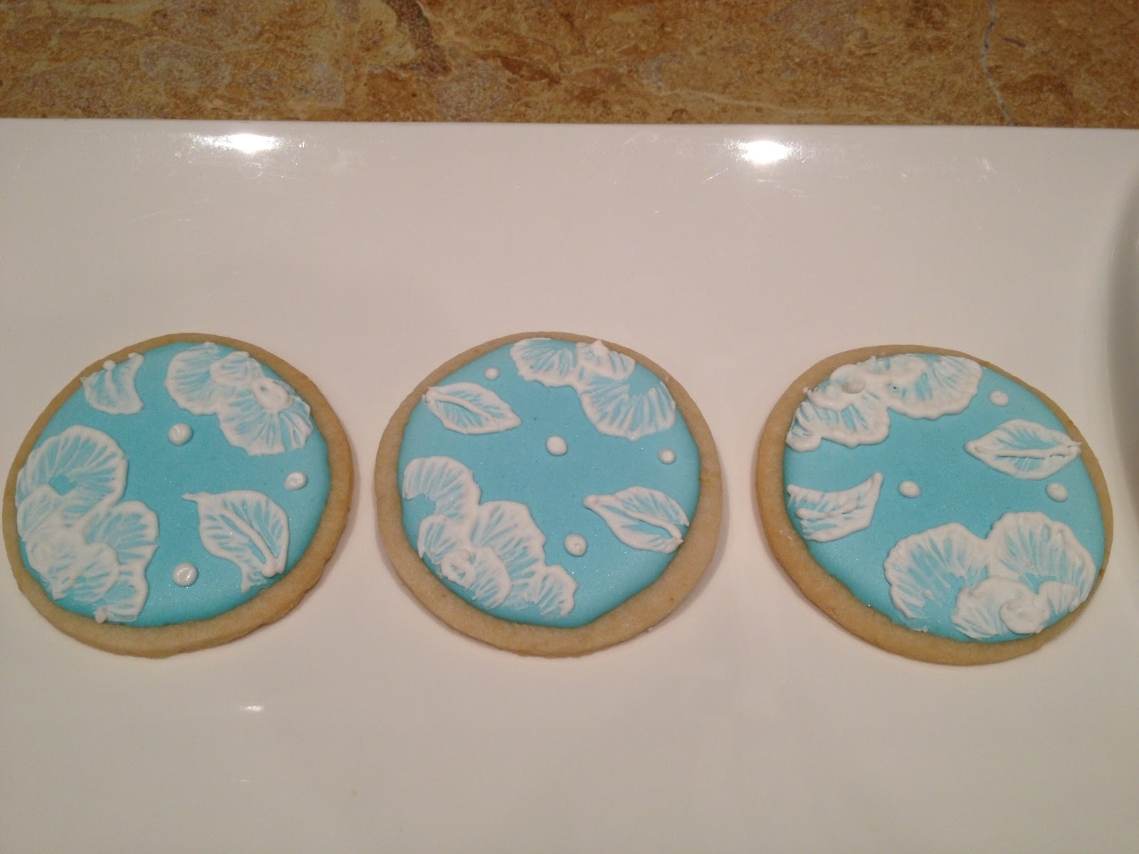 Lemon Ginger Cookies with Royal Icing Brush Embroidered Cookies ...