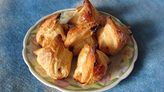 готовое печенье из слоеного теста