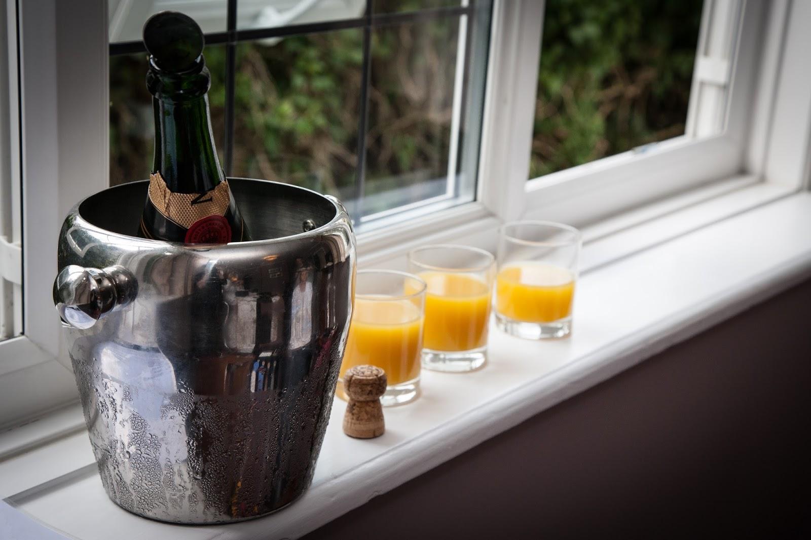 Champagne, bucks fizz, morning prep