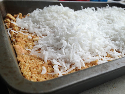 Eat Run Read Cake Of The Week Raspberry Coconut Layer Bars