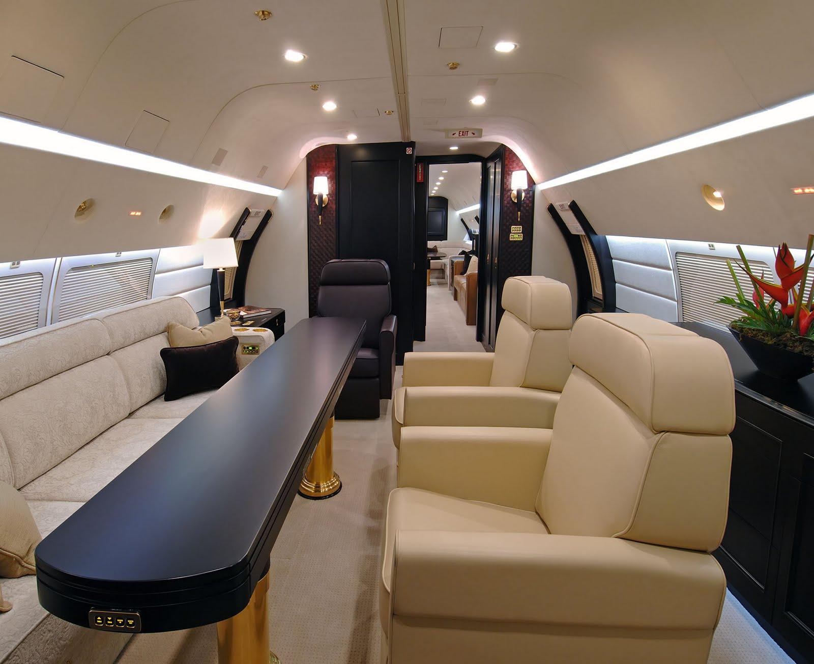 Как купить авиабилет бизнес класс билеты на самолет с питера в махачкалу