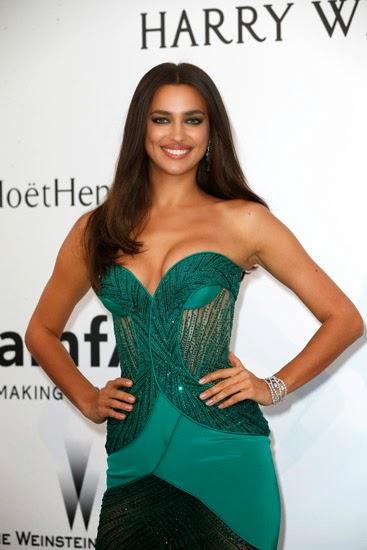 Irina Shayk Hot Pictures On Green