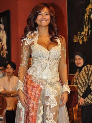 Artis Indonesia - Agnes Monica 10