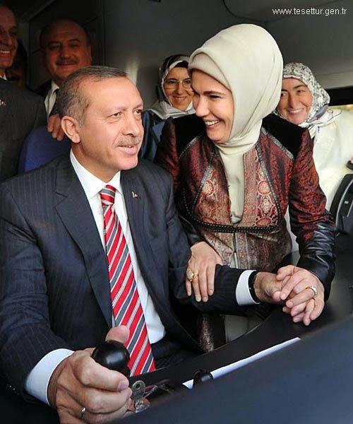 Emine-Erdoğan-hijab-turque