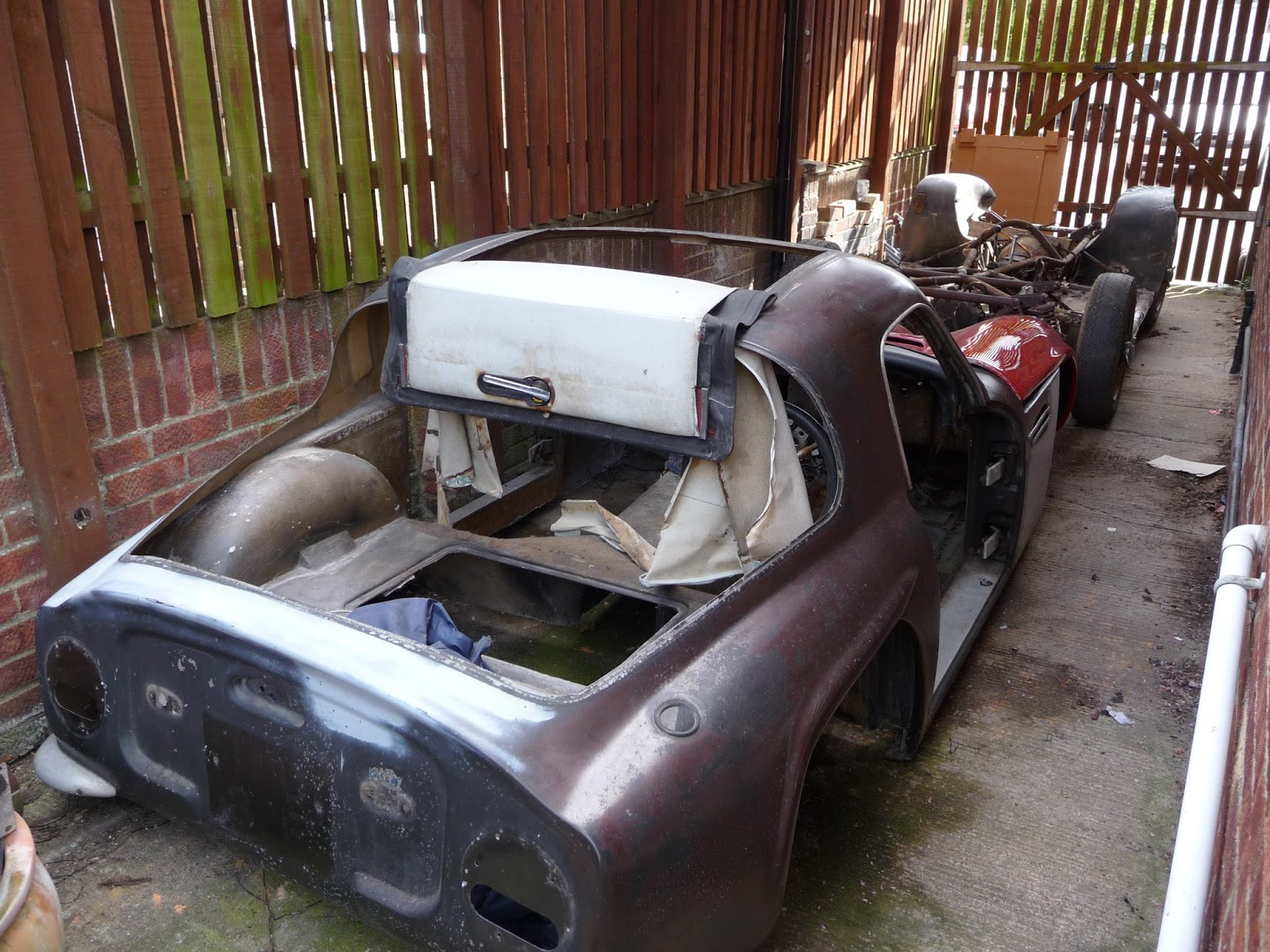 tvr vixen s1 rebuild not quite the beginning. Black Bedroom Furniture Sets. Home Design Ideas